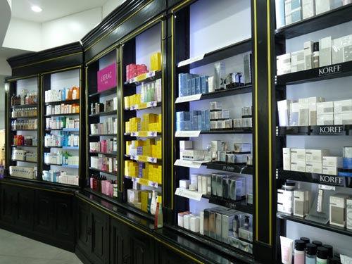 Farmacia Mamone: reparto dermocosmesi